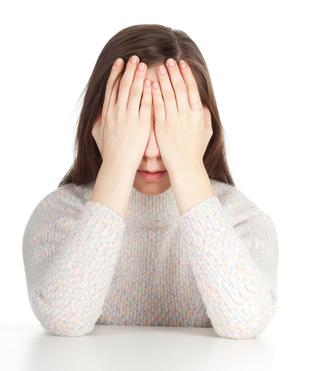 Kopfschmerzen bei Jugendlichen: Stress reduzieren, den Alltag entzerren