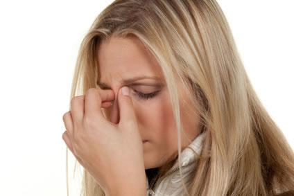 Sinusitis - Kopfschmerzen durch entzündete Nasennebenhöhlen