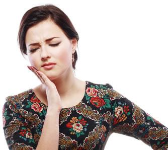 Kopfschmerzen durch Zahnprobleme